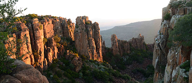 The Valley of Desolation at Camdeboo National Park www.south-africa-info.co.za